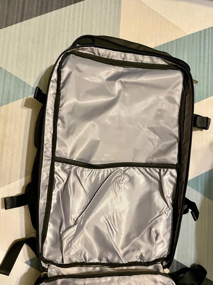 Nayo EXP 背包內部1