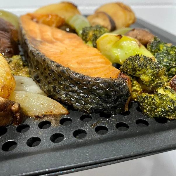 AF-1210BA 多功能氣炸烤箱-完給烤時蔬鮭魚