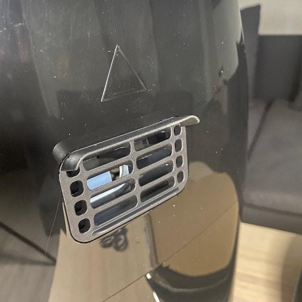 AF-1210BA 多功能氣炸烤箱-後方散熱氣孔