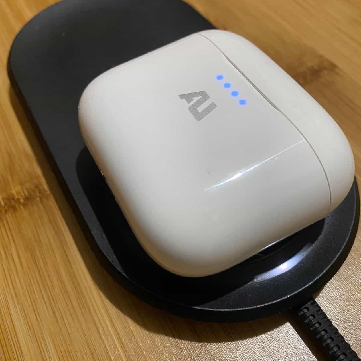 AU-stream真無線藍牙耳機-支援QI快速充電