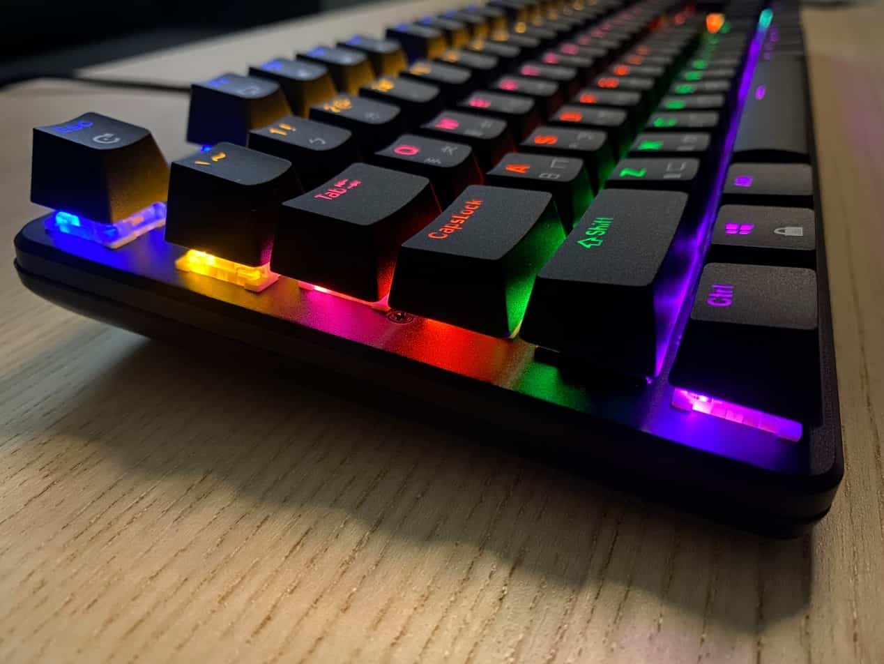 FXR-HKM-61旋音戰狐機械電競鍵盤-發光模式