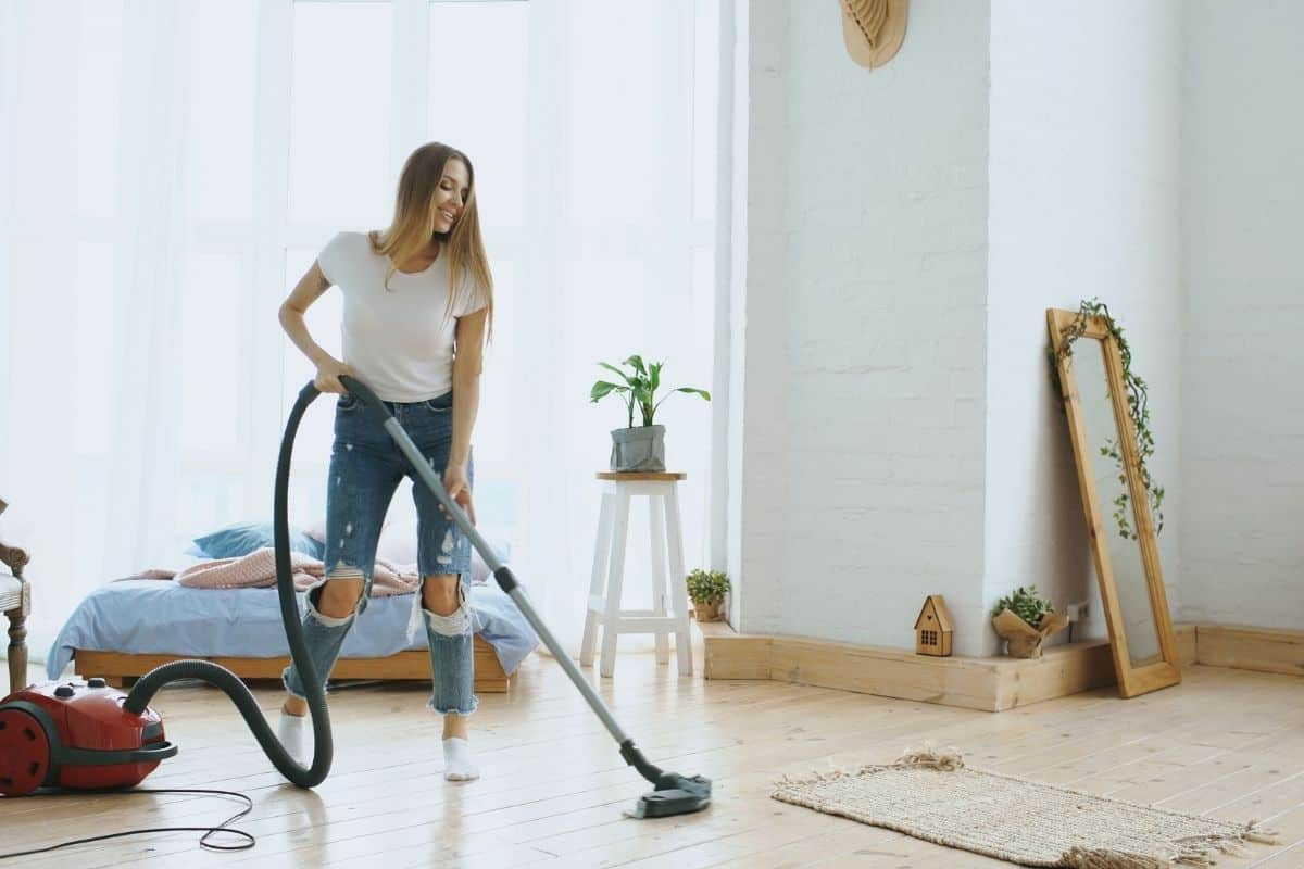 吸塵器該如何保養清潔?