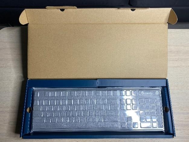 Zero-3108機械鍵盤-內部包裝