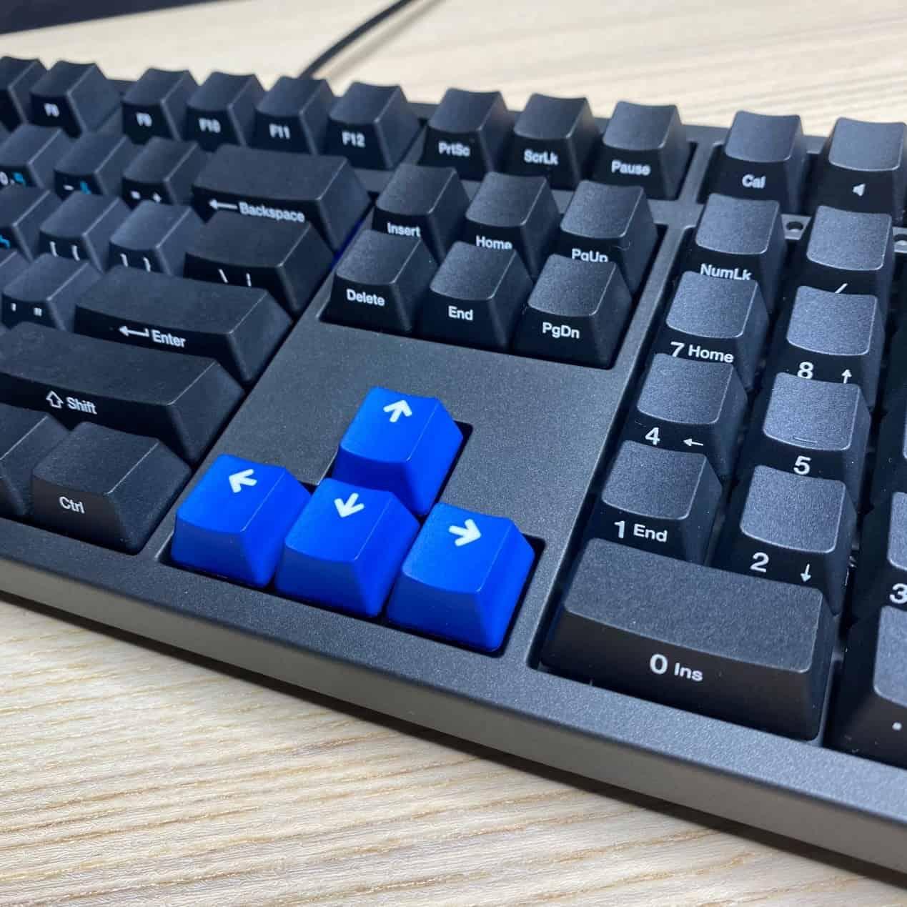 Zero-3108機械鍵盤-寶藍色上下左右鍵