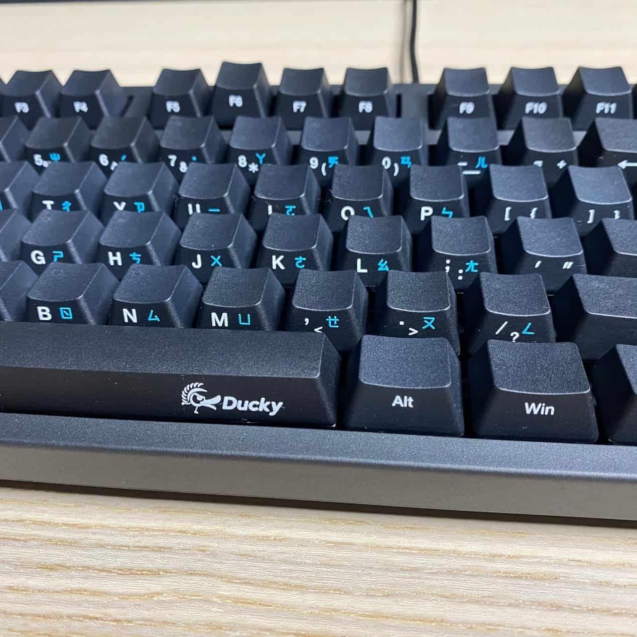 Zero-3108機械鍵盤-薄邊框設計