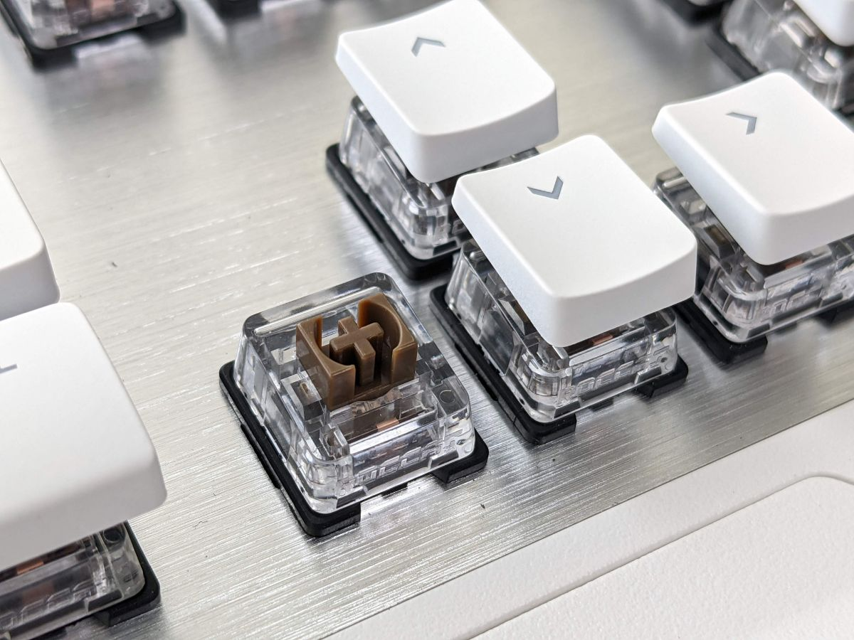 冰豹 ROCCAT Vulcan 122 Aimo 鍵盤 Titan Switch 茶軸