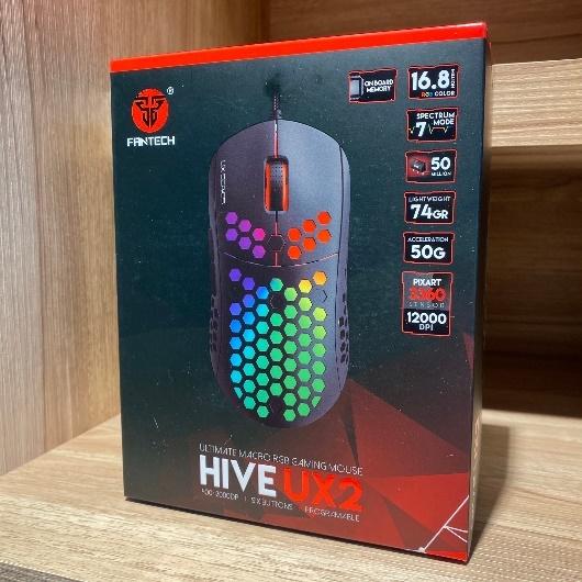 FANTECH UX2 HIVE電競滑鼠外箱