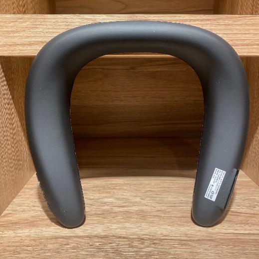 Ronever 頸掛式藍牙喇叭頸掛設計反面