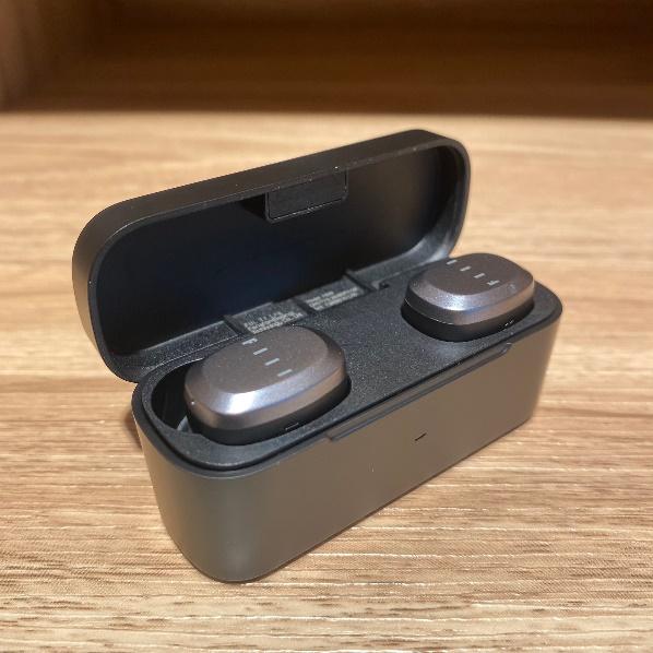 FIIL藍牙耳機磁吸外觀